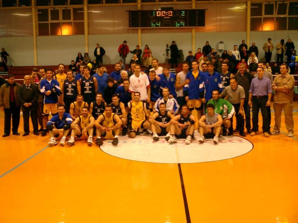 ΑΡΗΣ Ν.-ΕΠΙΛΕΚΤΟΙ ΕΣΚΑΝΑ 2004