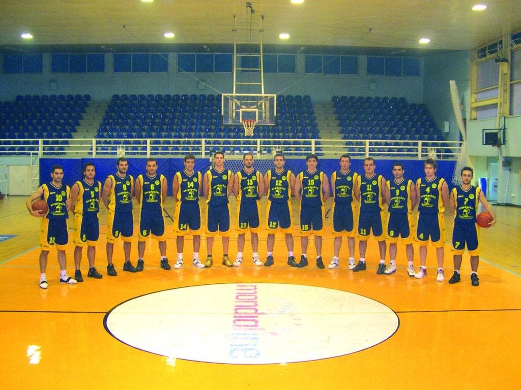 ΑΡΗΣ 2004-5